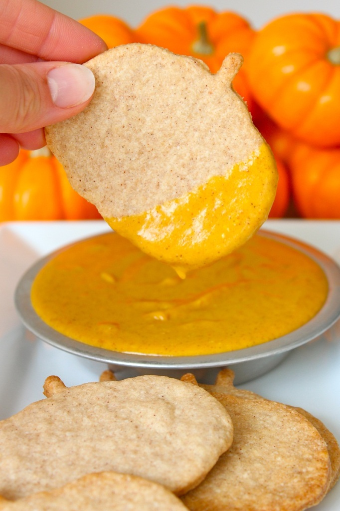 Pumpkin Pie Chips and Dip