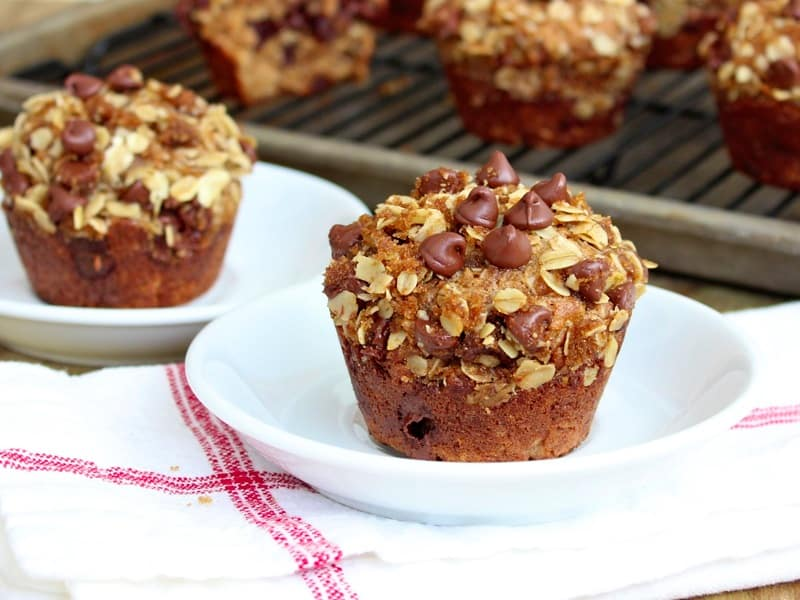 Oatmeal Chocolate Chip Greek Yogurt Muffins
