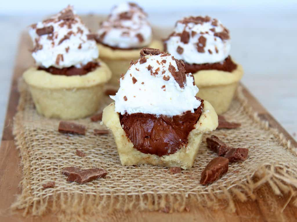 Mini Chocolate Fudge Cream Pies