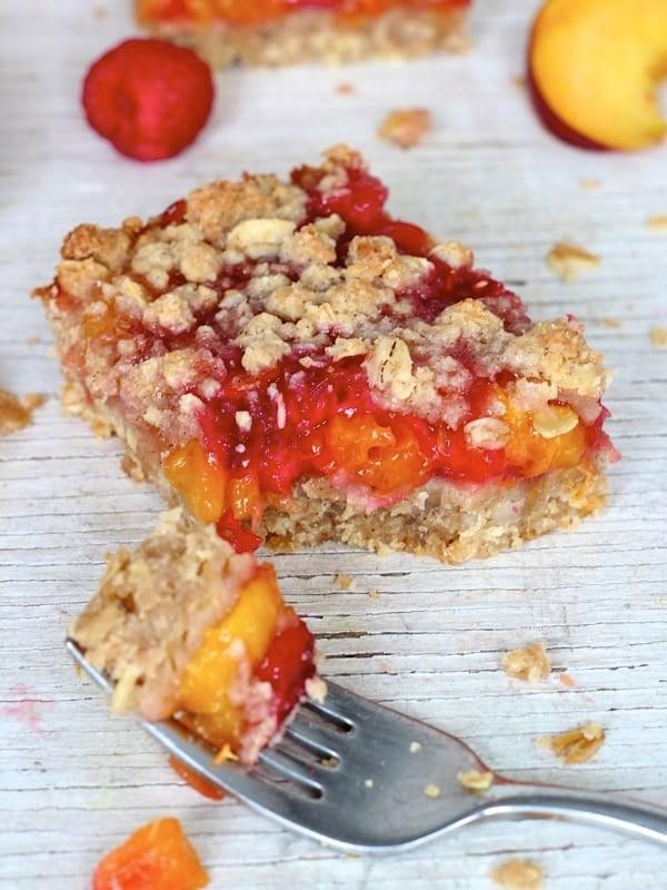 Peach Raspberry Crumb Bars