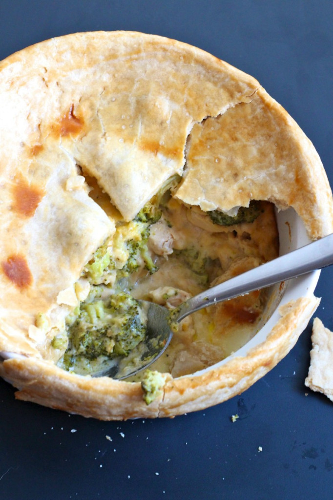 Cheesy Chicken Broccoli Pot Pie
