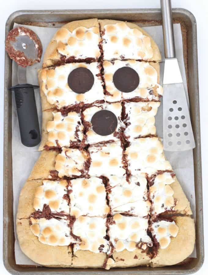 Spooky S'mores Pizza