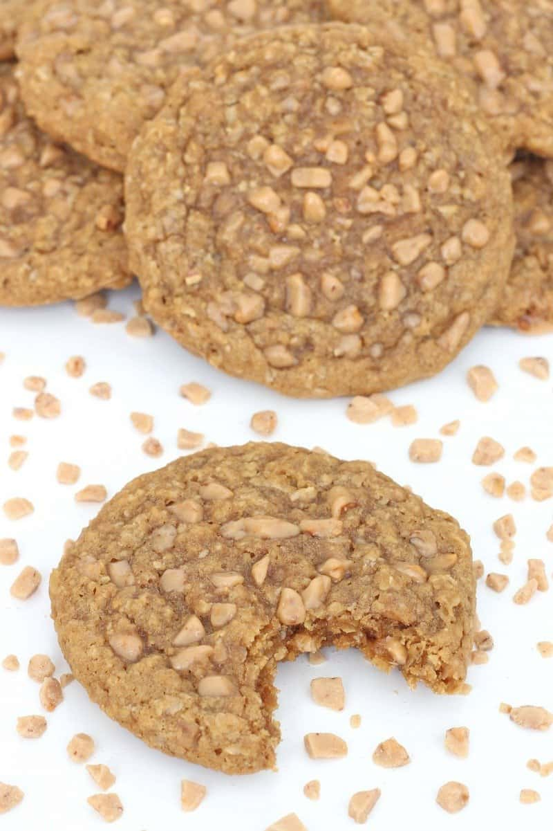 Brown Sugar Oatmeal Toffee Crunch Cookies
