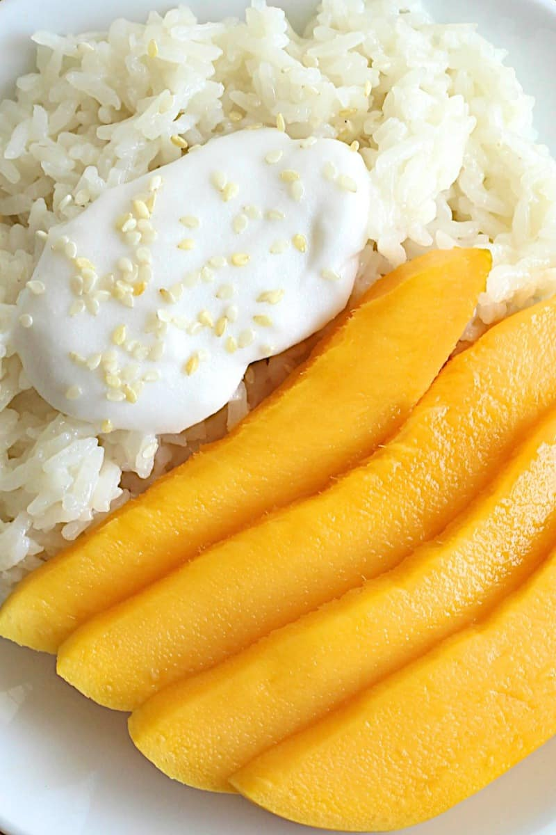 Mango Sticky Rice A Traditional Thai Dessert Of Sticky Rice That S Been Soaked In A