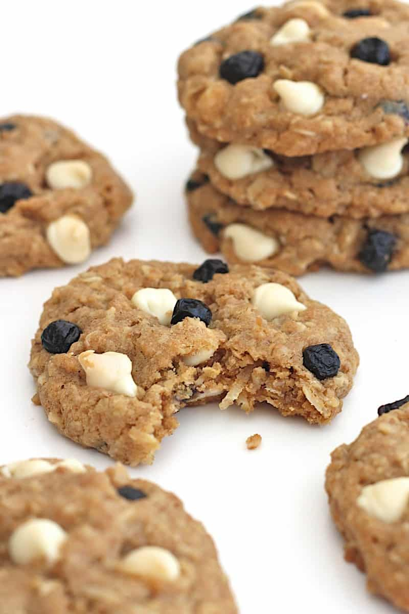 White Chocolate Dried Blueberry Coconut Oatmeal Cookies