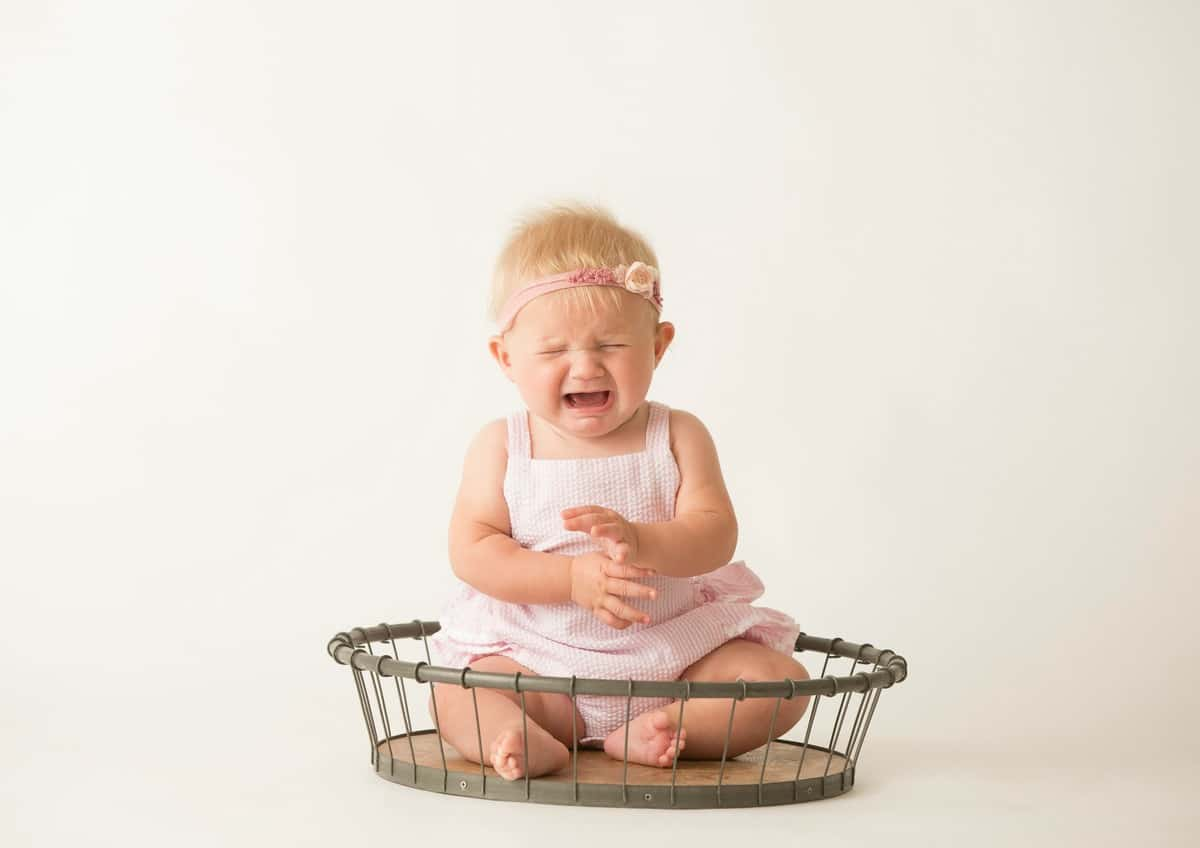 Brookie's 6 Month PIctures - The BakerMama