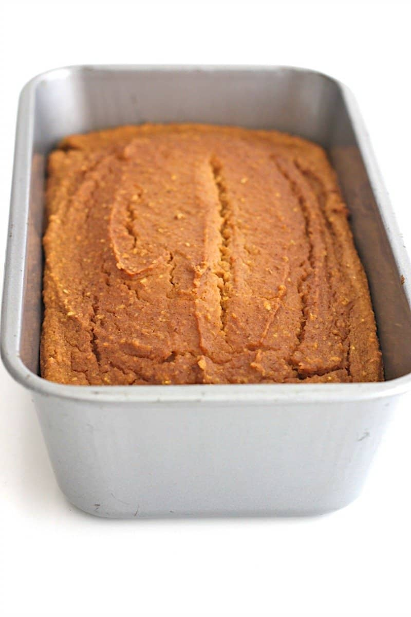 Healthy Flourless Pumpkin Bread - just 6 ingredients is all it takes to make this healthy, hearty loaf that's naturally sweetened with maple syrup.