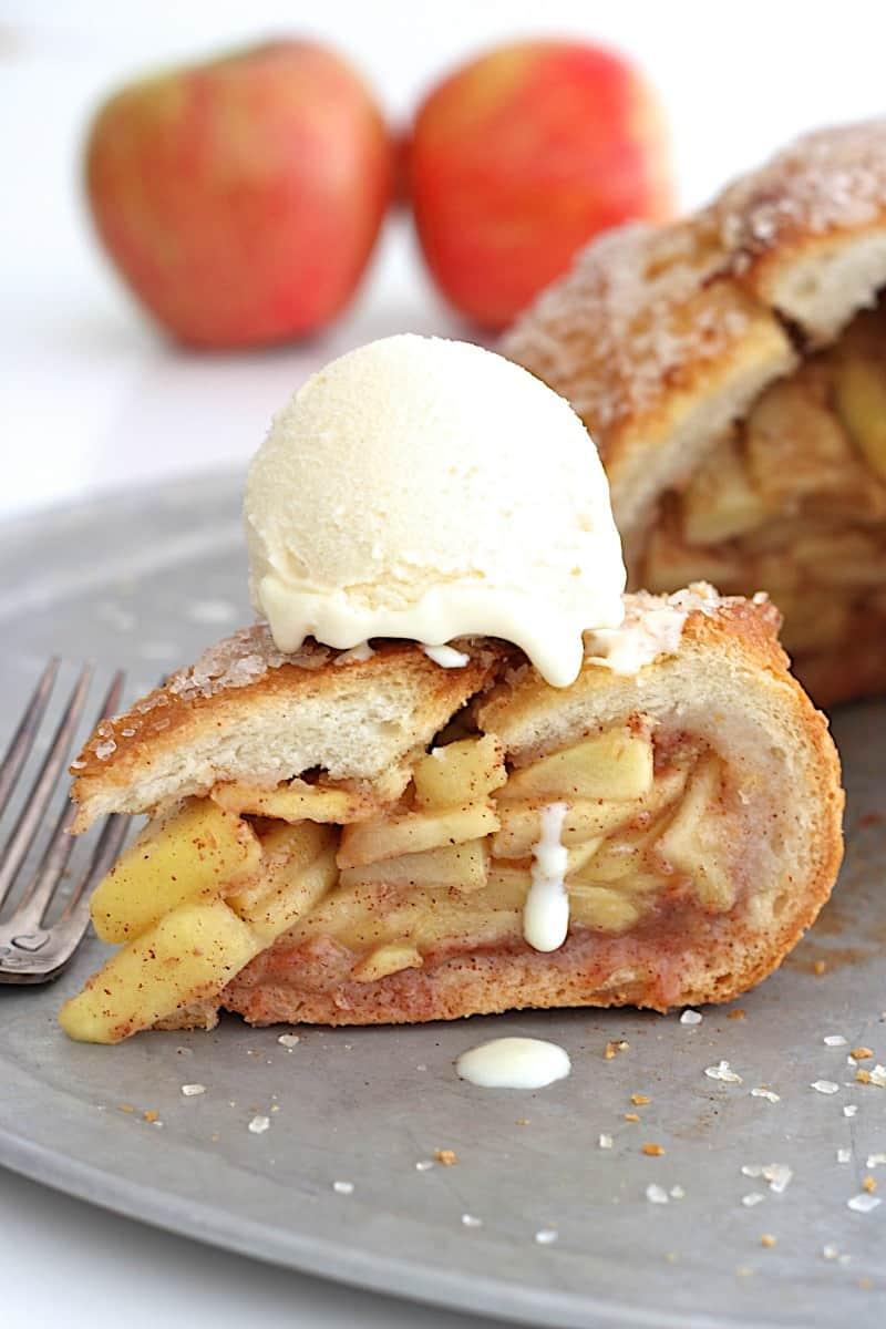 Apple Pie in a Bread Bowl