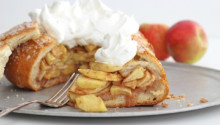 Apple Pie in a Bread Bowl