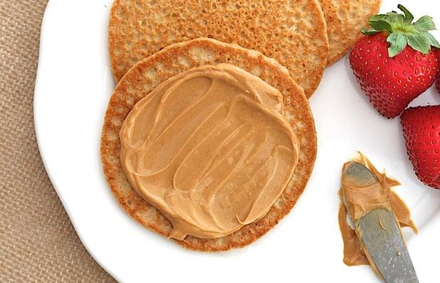 5-Ingredient Flourless Protein Pancakes