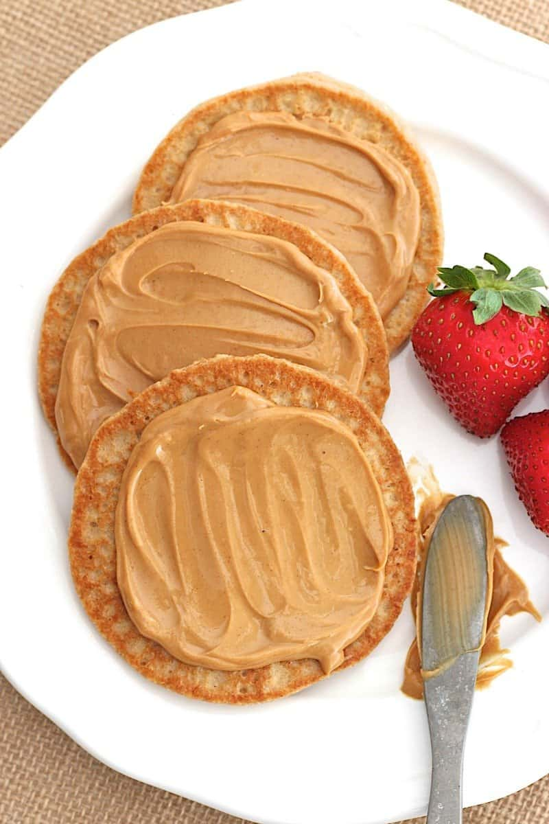 5-Ingredient Flourless Protein Pancakes