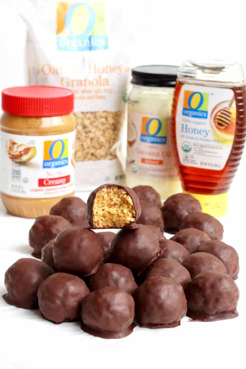 Healthy 5-Ingredient Dark Chocolate Peanut Butter Balls
