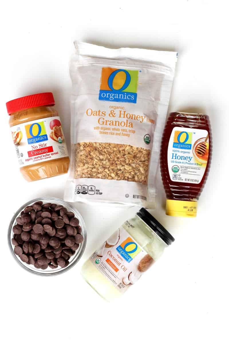 Healthy 5-Ingredient Dark Chocolate Peanut Butter Balls
