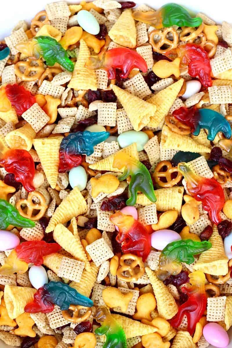 Dino-Mite Snack Mix