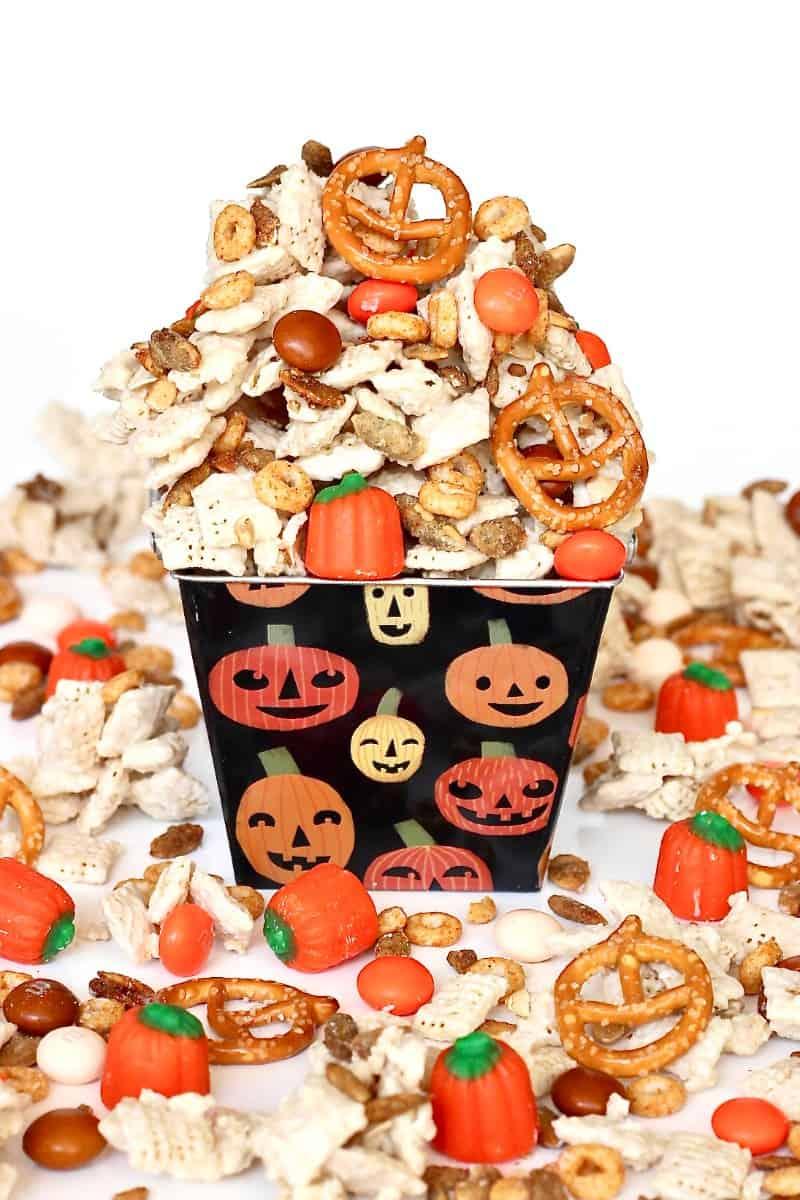 Pumpkin Spice Snack Mix