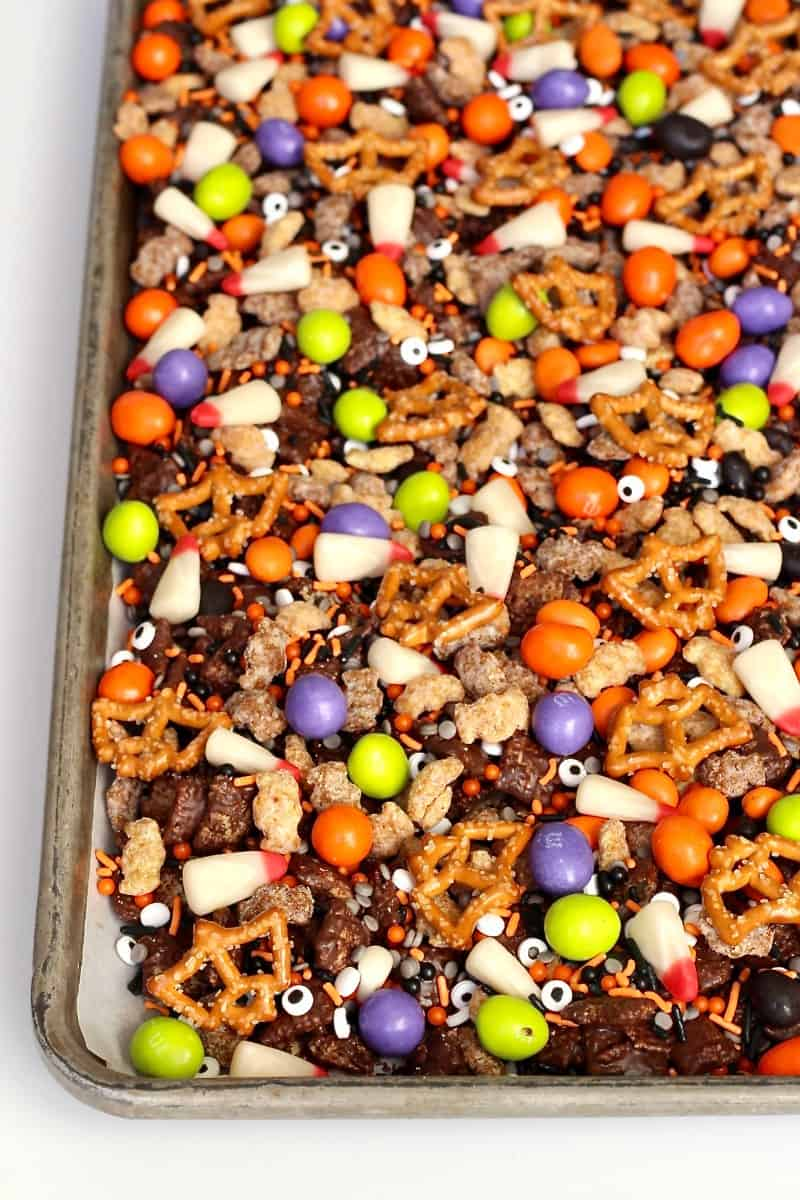 Spooky Snack Mix