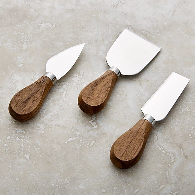 Walnut Knife Set