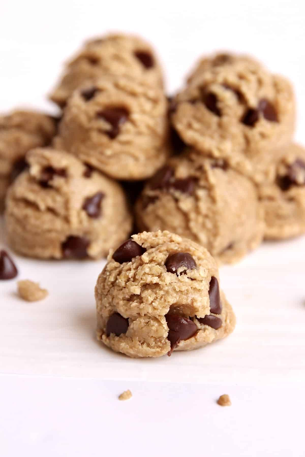 Healthy Edible Cookie Dough Bites