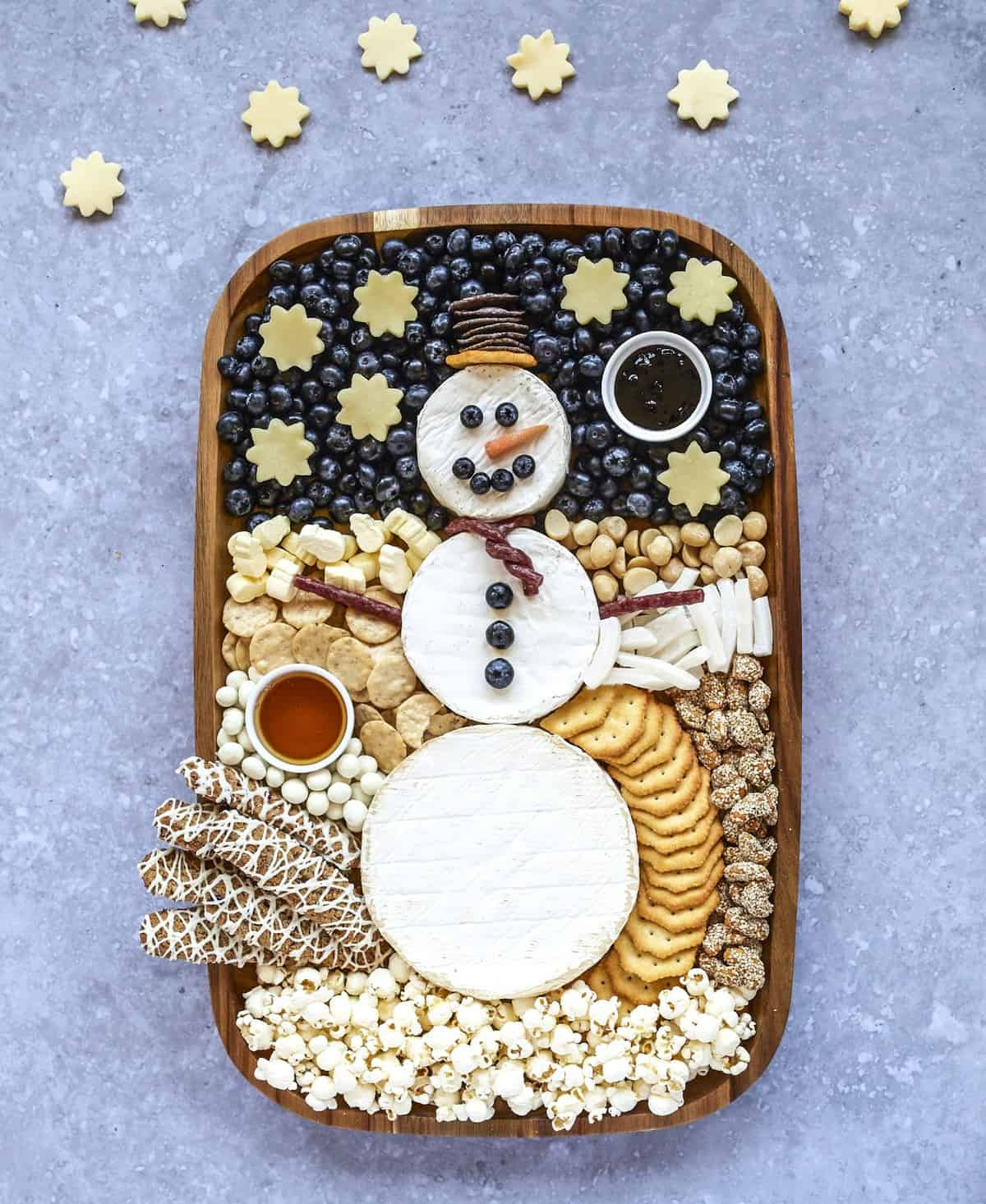 Snowman Snack Board from TheBakerMama.com
