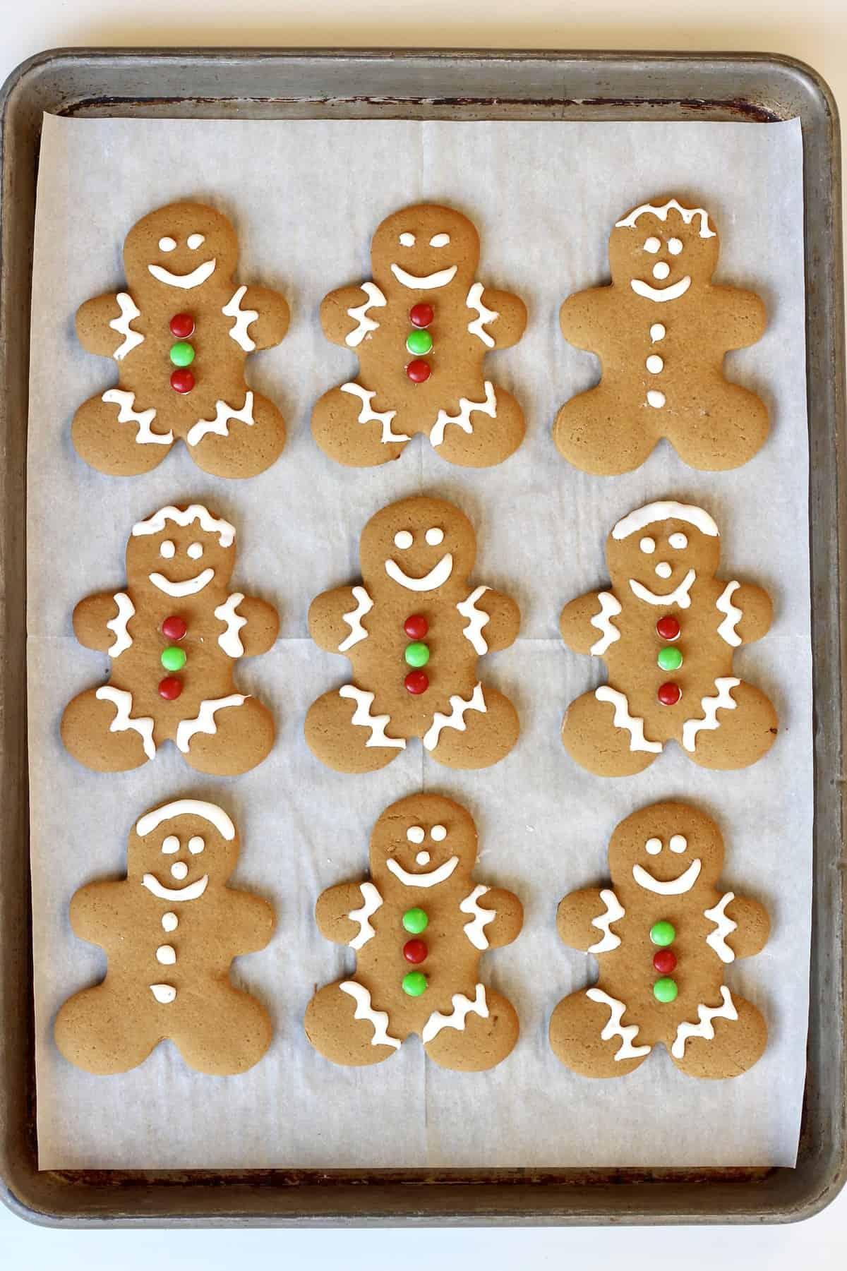 Gingerbread Men Cookies from TheBakerMama.com