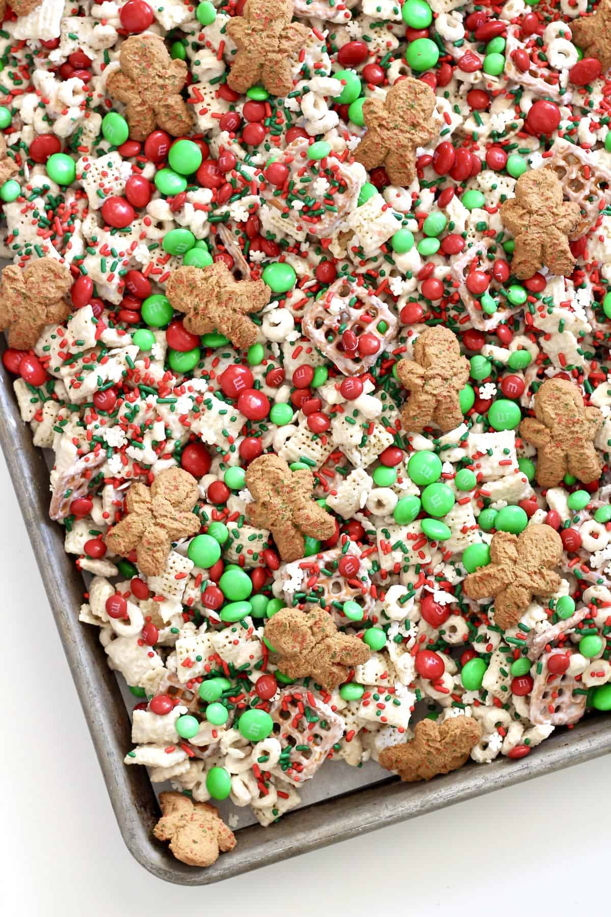 Christmas Crunch Mix from TheBakerMama.com