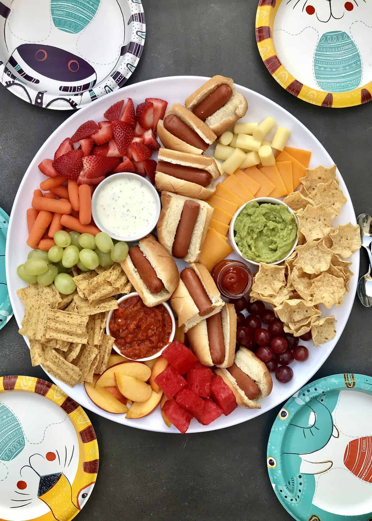 Hot Dog Lunch Tray by The BakerMama