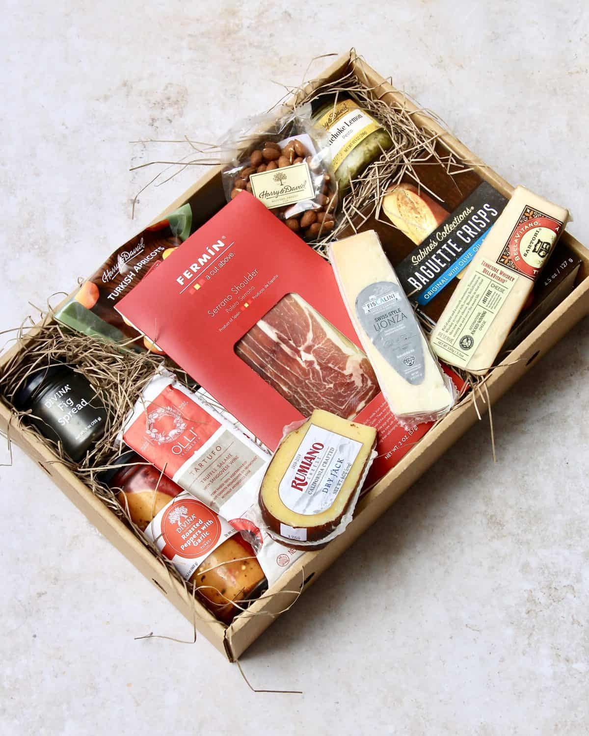 Harry & David's Epicurean Cheese and Charcuterie Collection