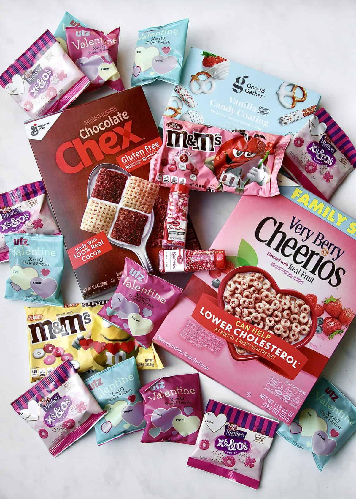 XOXO Valentine's Day Snack Mix