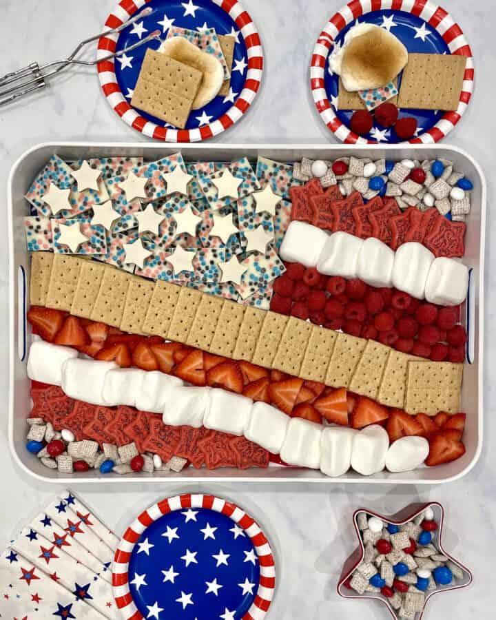 Star Spangled S'mores Tray by The BakerMama
