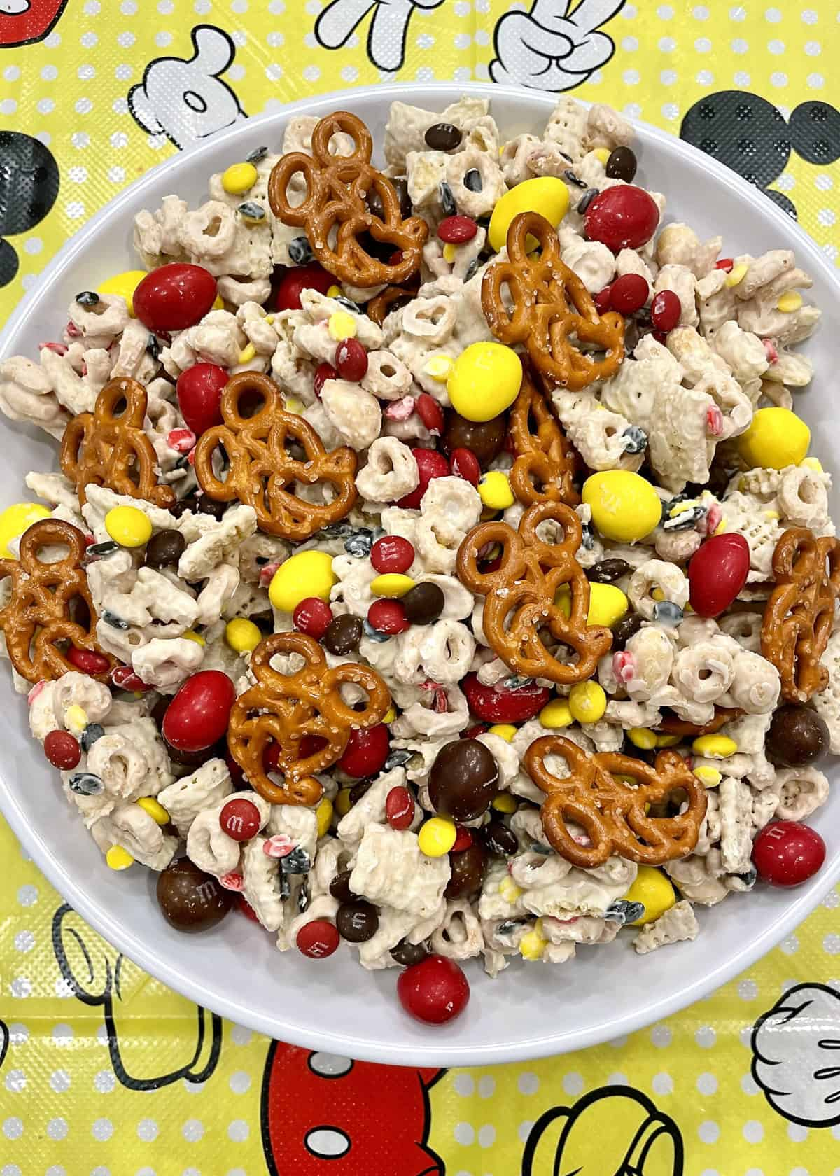 Mickey Mouse Lovers Snack Mix by The BakerMama