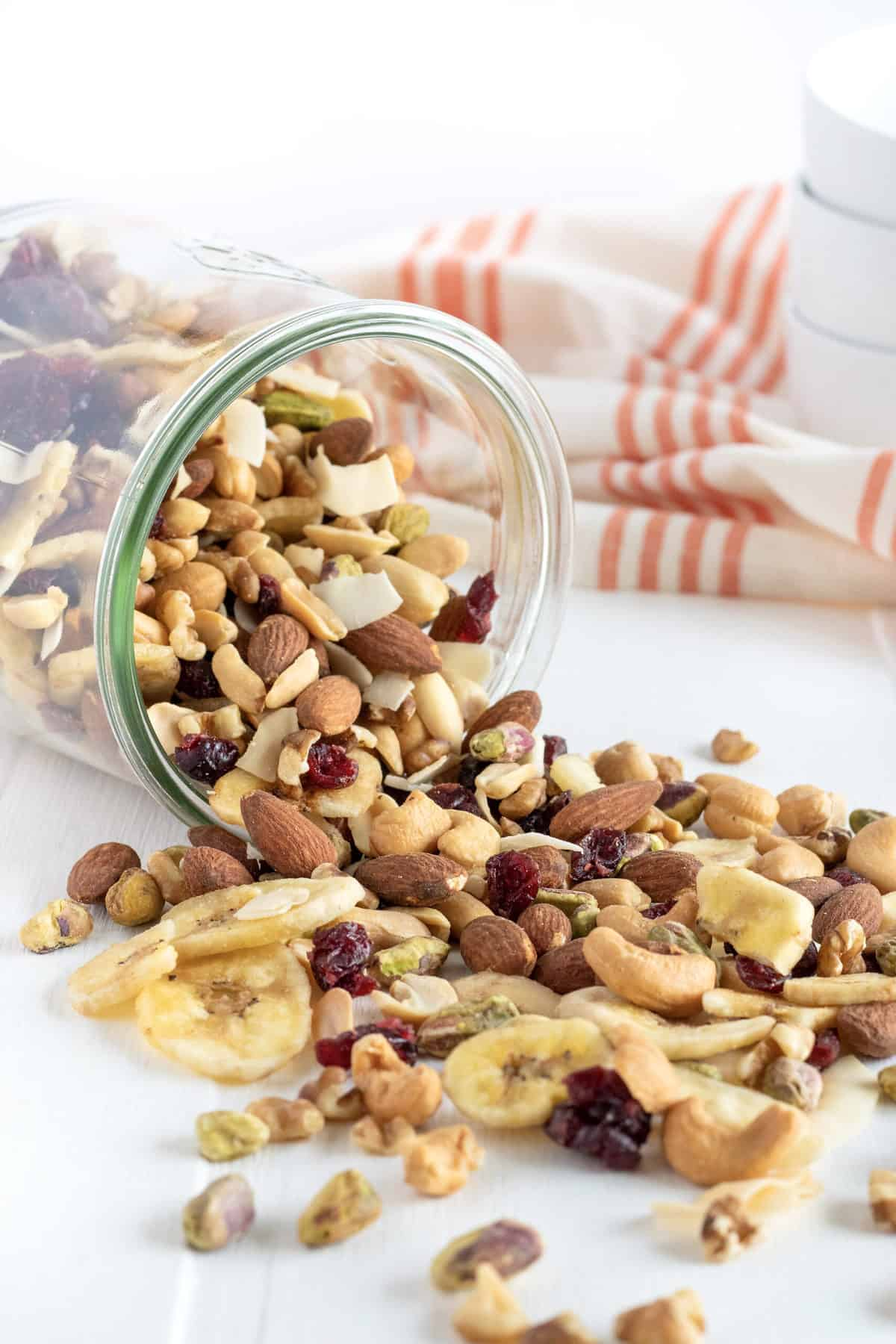 Easy Weekend Trail Mix by The BakerMama