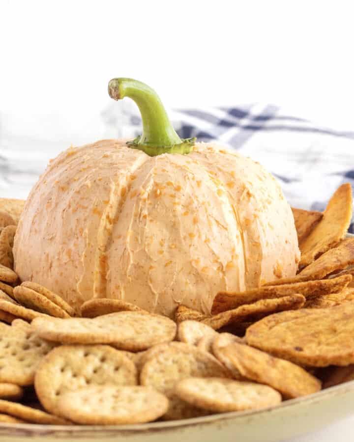 Pumpkin Cheese Ball by The BakerMama